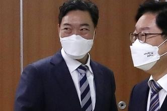'검꾸라지' 김오수 검찰총장 흙탕물 생존법